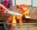 Салата от плодове на грил с крем от козе сирене 7