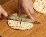 Чипс от плоски хлебчета