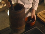 Зелеви сарми с шарен боб