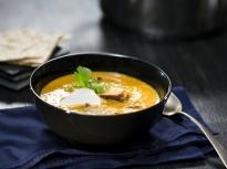 Супа от царевица с печено свинско бон...