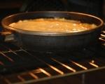 Обърнат царевичен кейк с домати 8