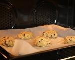 Орехови бисквити с шоколад 5