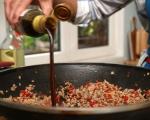 Банички с месо и терияки сос 3