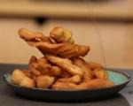 Караньоли (пържени италиански сладки) 7