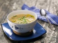 Супа от червена леща с лимон