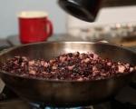Руло от свинско с черен ориз и сушени череши 3