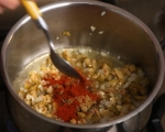 Печен качамак с доматен сос 4