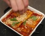 Печен качамак с доматен сос 8