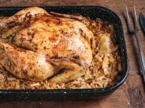 Пълнена кокошка с ориз Балдо и бекон ...