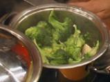 Каша от броколи и гъби