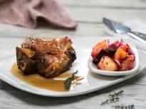 Свински джолан със салата от печени з...