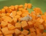 Пикантни кексчета със сирене