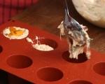 Пикантни кексчета със сирене 3