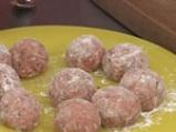 Албондигас кон меренженас (Кюфтенца в сос от син домат) 2