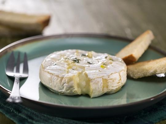 """Запечено сирене """"Камамбер"""""""