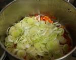 Супа от пъстърва с праз и суджук 8