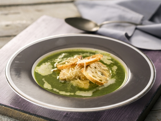 Крем супа с пилешко и пармезан