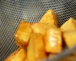 Пържени картофи с пикантен сос (пататас бравас) 2
