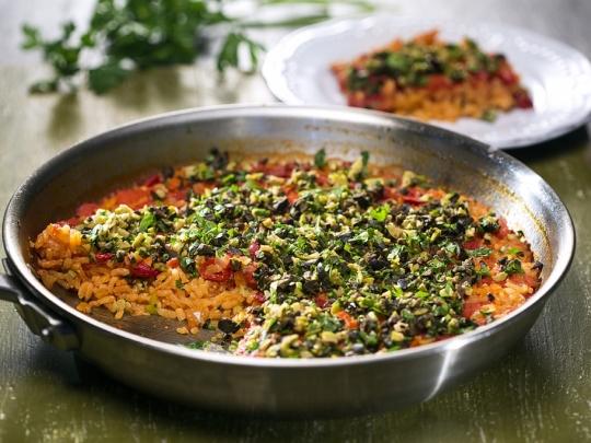 Ориз с печени чушки на фурна