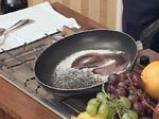 Кошничка от пъпеш с пресни плодове