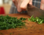 Пролетна картофена салата 6
