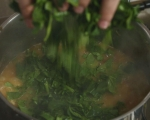 Супа от боб с паста и спанак 8