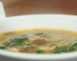 Супа от боб с паста и спанак 9