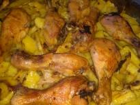 Мариновани пилешки бутчета с картофи ...