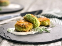 Кюфтета от риба със сос от хрян