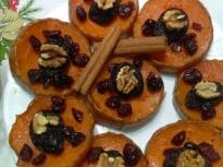Тиква с орехи и сушени плодове