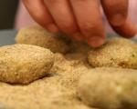 Картофени кюфтета с моцарела 5
