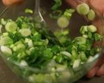 Зелена салата със сирене и репички