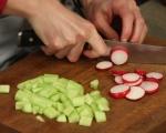 Зелена салата със сирене и репички 2