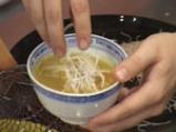 Пилешка супа с къри и пържено оризово фиде 5