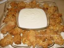 Пилешки филенца с чеснов сос