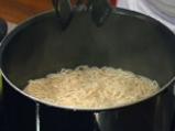 Агнешко къри със спагети 2