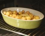Салата от пресни картофи и резене