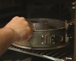 Шведски лепкав кейк 6