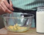 Боровинкови палачинки с портокалов сироп