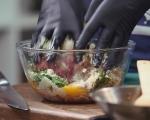 Кюфтета с моцарела в доматен сос 5