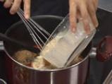 Кюфтета яхния със сос от чушки 5