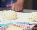 Бял хляб със семена 5