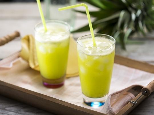 Напитка с ананас и мента