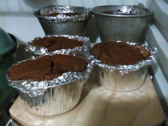 Какаови мъфини с череши