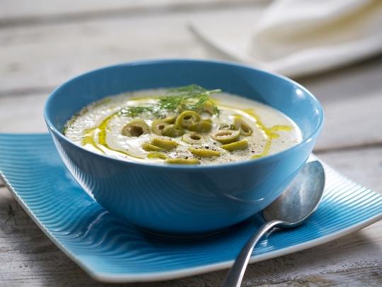 Студена крем супа от боб