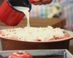 Хлебен пудинг с тиквички и домати 6