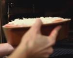 Хлебен пудинг с тиквички и домати 7