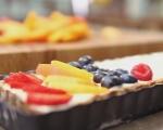 Тарт с бял шоколад и плодове 7