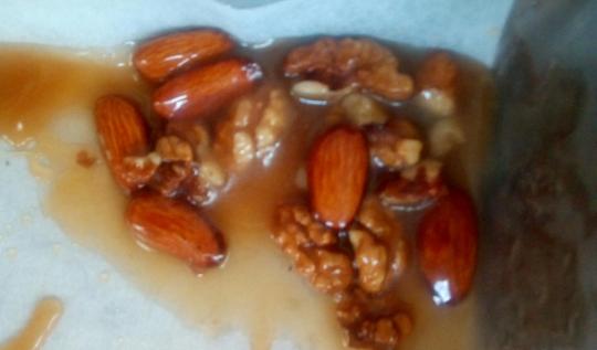 Карамелизирани ядки