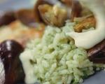 Зелен ориз с миди и скариди 10